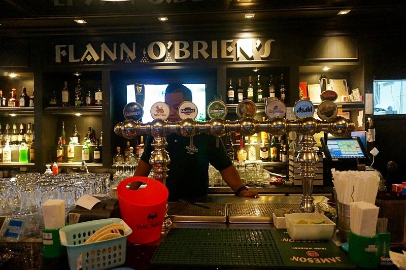 FLANN O'BRIEN'S 3
