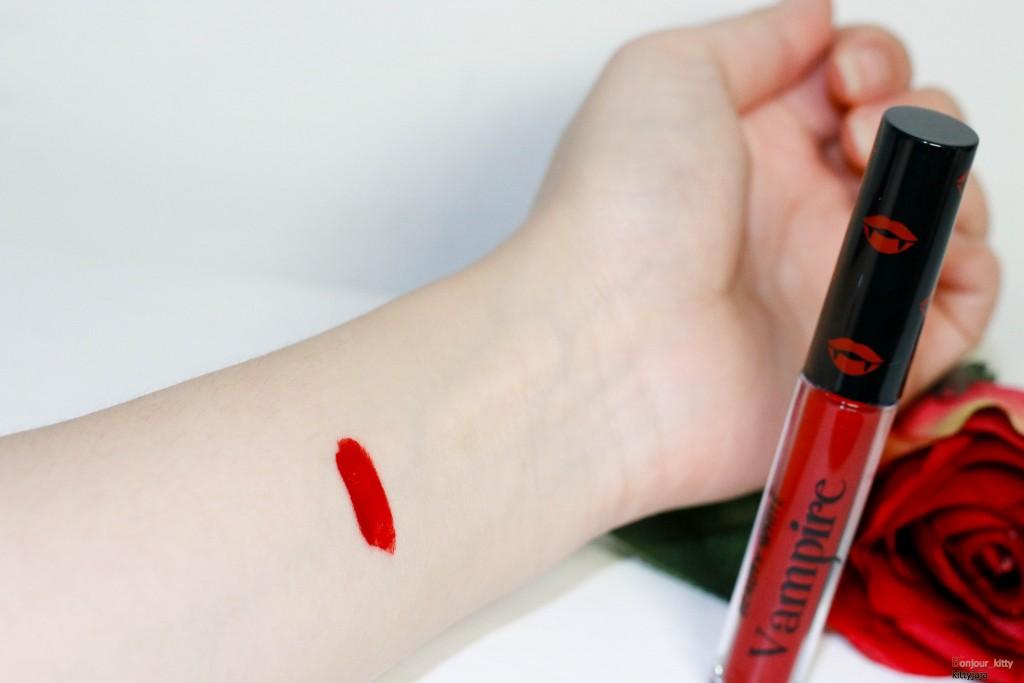 Vampire lipstick-3