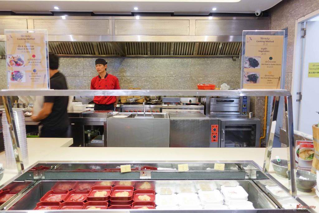 Man Kitchen-38